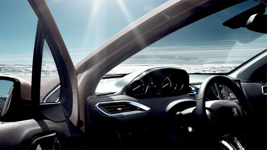 Kør Ud I Det Blå Med Peugeot
