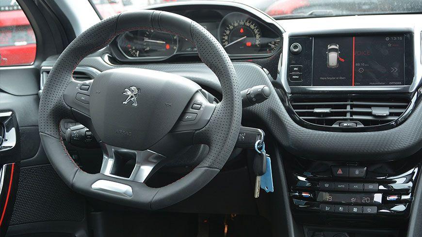 Nyhed Peugeot 208 Gt Line 03